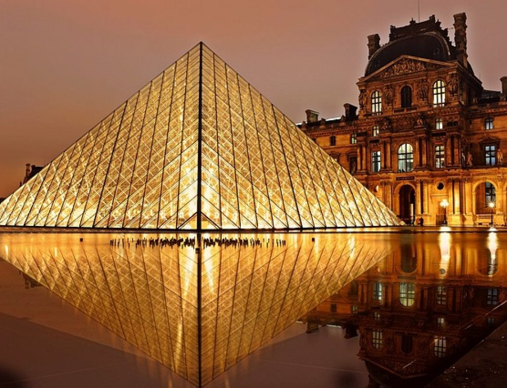 Robert Wilson, Lady Gaga and the Louvre