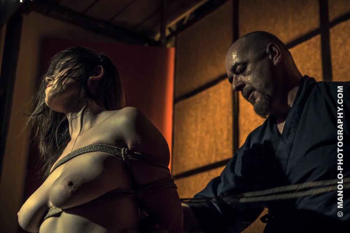 Japanese rope art bondage fiction